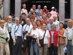 Le Secrétaire de 'Association Ailleurs Ensemble/ Christian OLIVA