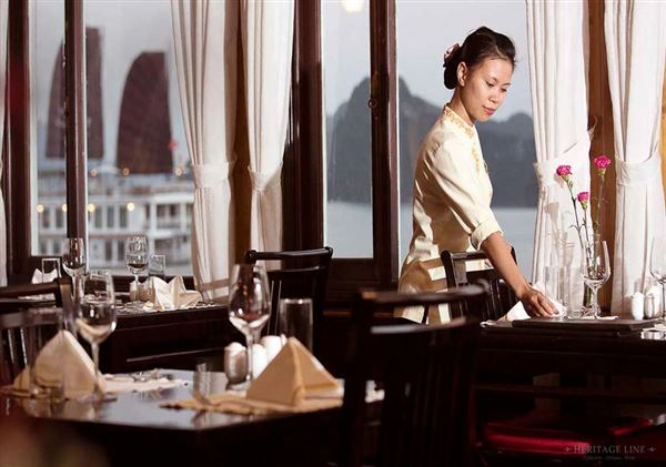 *!<=*ParamsSpilitItems*=>*!Jour 3*!<=*ParamsSpilitItems*=>*!Halong Bay – Hanoi (Petit déjeuner et déjeuner)*!<=*ParamsSpilitItems*=>*!