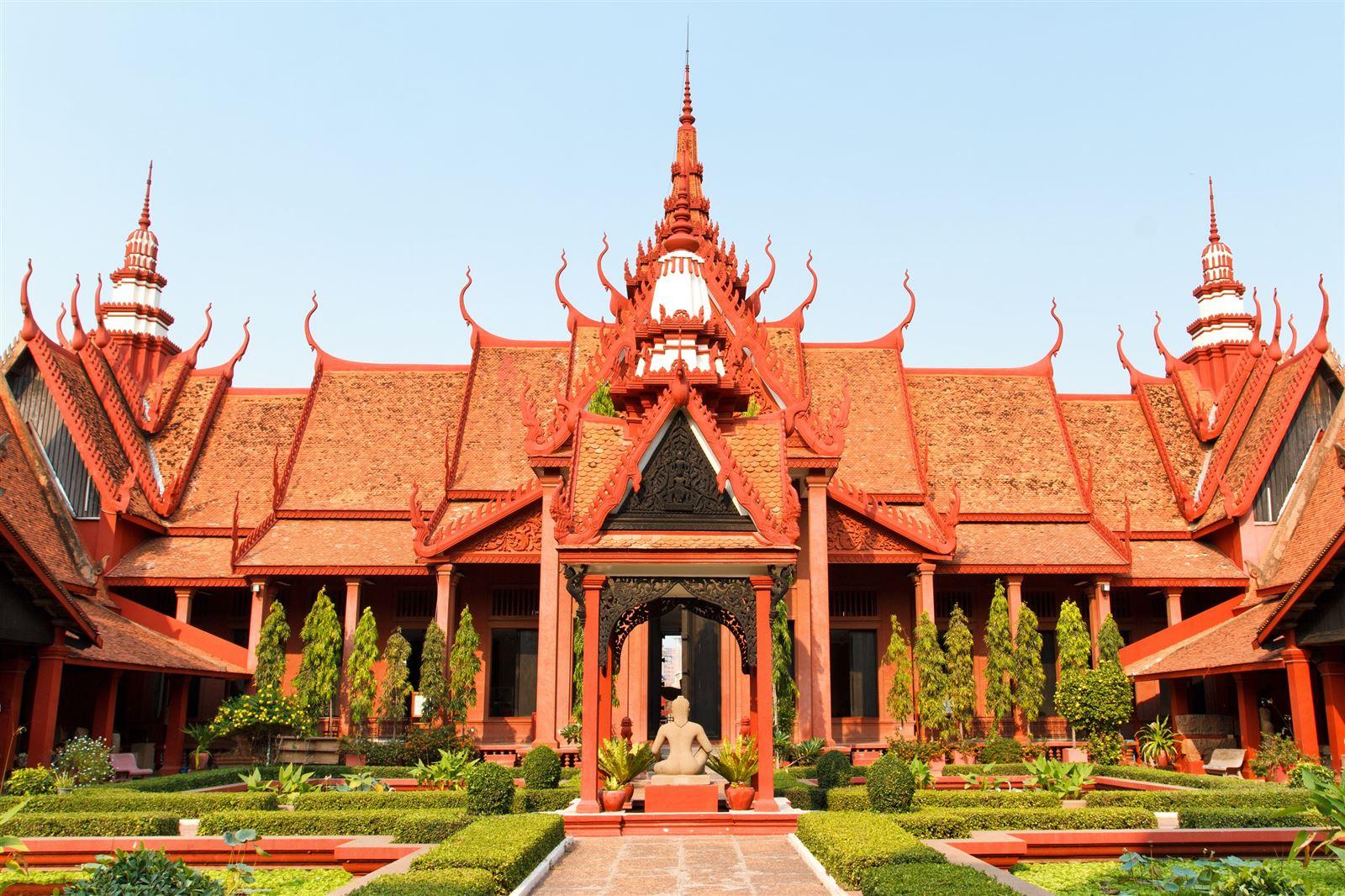 De Phnom Penh à Angkor - Long