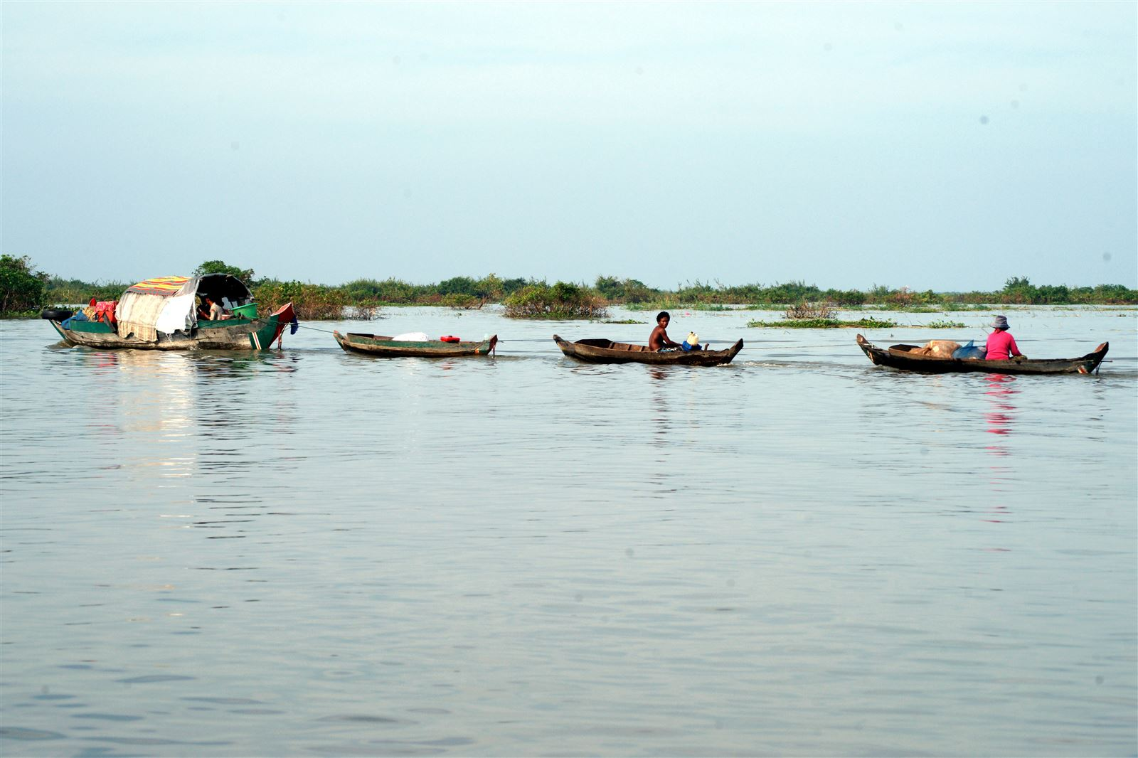 A travers le lac Tonle Sap